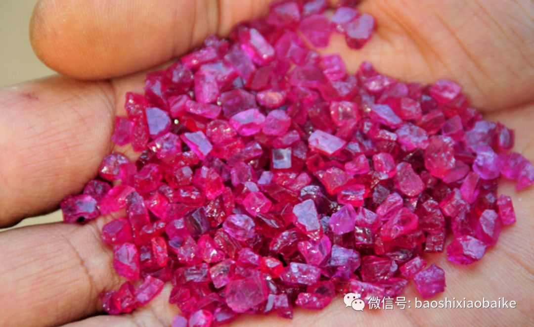 探秘红宝石矿区,了解宝石的背后